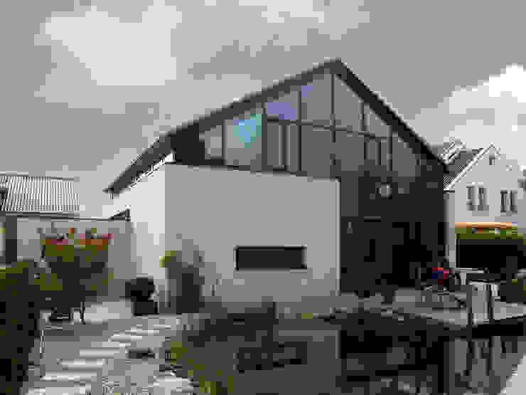 Ansicht Garten Moderne Häuser von Architekturbüro Sahle Modern
