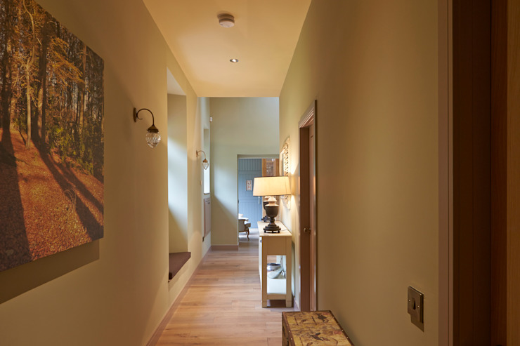 Corridor Modern corridor, hallway & stairs by Architects Scotland Ltd Modern