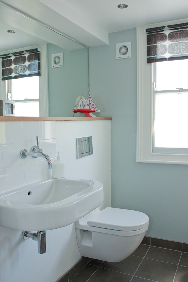 House remodelling in North Bristol Modern bathroom by Dittrich Hudson Vasetti Architects Modern