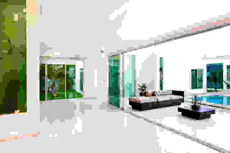 Moderner Flur, Diele & Treppenhaus von Arturo Campos Arquitectos Modern