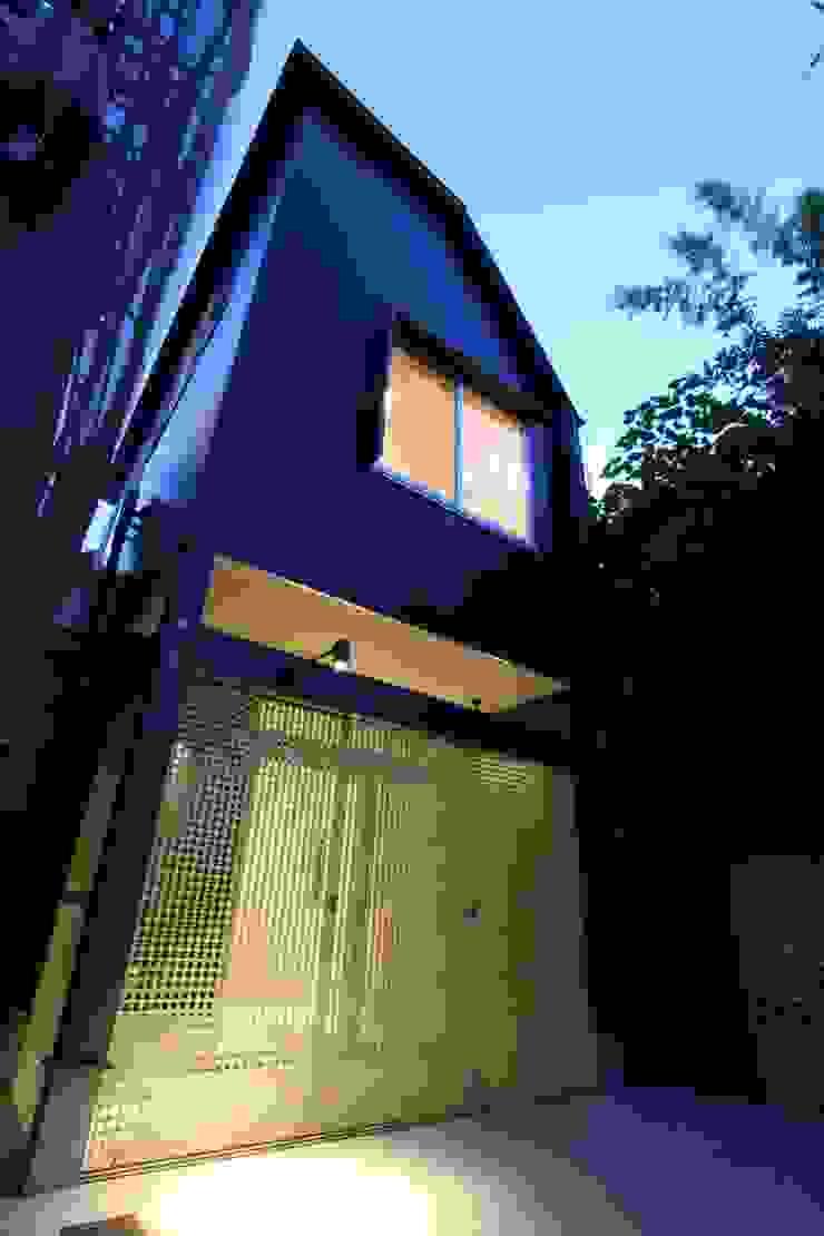 マルコビッチな家 オリジナルな 家 の SASAKI YOSHIKI ARCHITECTS STUDIO オリジナル