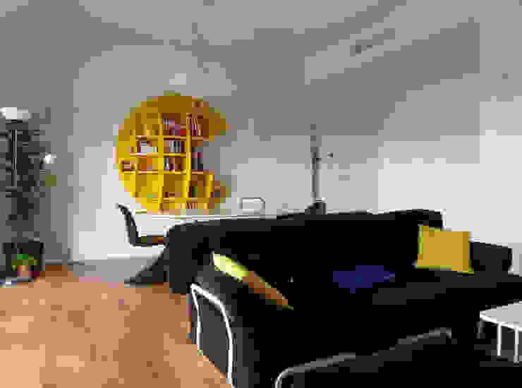 Pranzo Sala da pranzo minimalista di gk architetti (Carlo Andrea Gorelli+Keiko Kondo) Minimalista