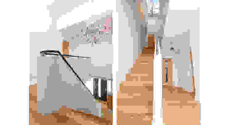 4 Farrar Lane Minimalist corridor, hallway & stairs by Studio J Architects Ltd Minimalist