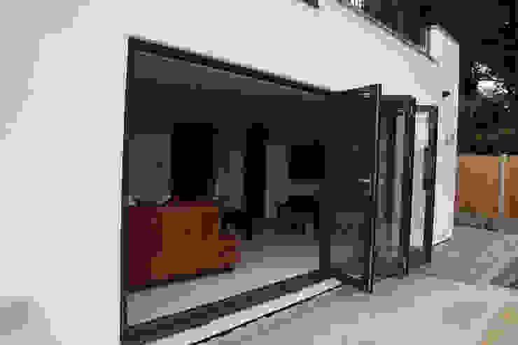 Alwoodley Lane Modern living room by Studio J Architects Ltd Modern