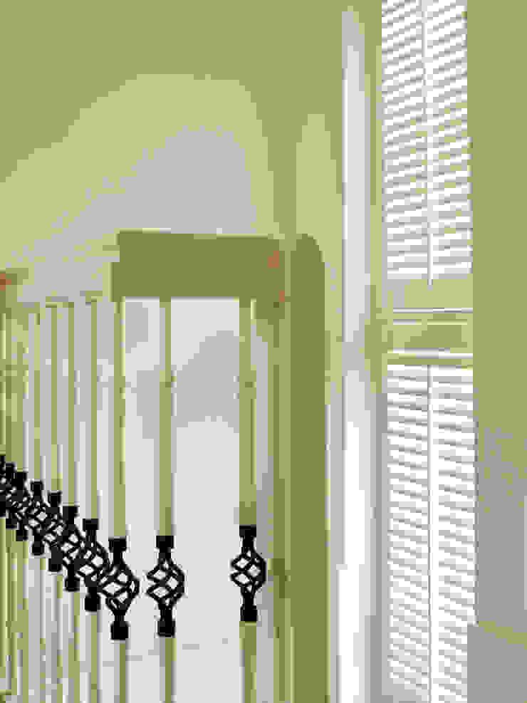 Maatwerk shutters Landelijke gangen, hallen & trappenhuizen van Inhuisplaza b.v. Landelijk
