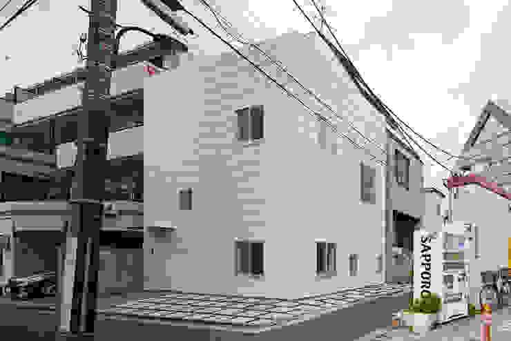 外観 モダンな 家 の アソトシヒロデザインオフィス/Toshihiro ASO Design Office モダン
