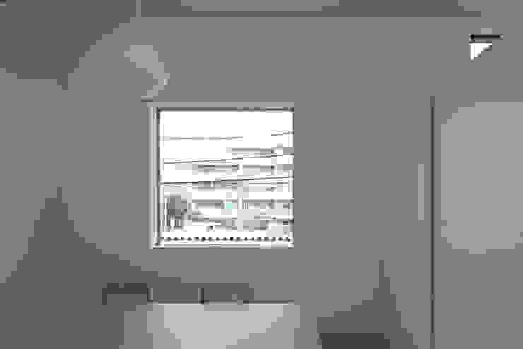 内観-ダイニング モダンデザインの ダイニング の アソトシヒロデザインオフィス/Toshihiro ASO Design Office モダン