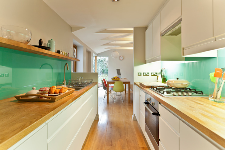 Kitchen remodelling in South Bristol Cucina moderna di Dittrich Hudson Vasetti Architects Moderno