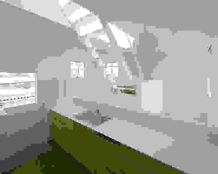 内観-キッチン モダンな キッチン の アソトシヒロデザインオフィス/Toshihiro ASO Design Office モダン