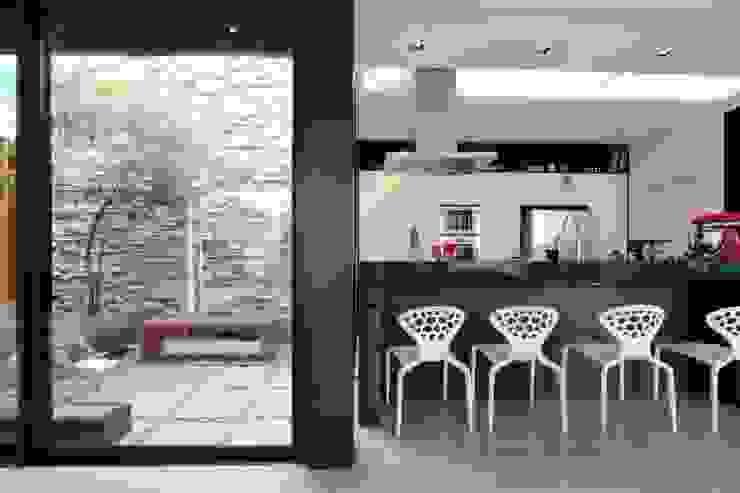 ZAAV-Casa-Interiores-1342 Cozinhas minimalistas por ZAAV Arquitetura Minimalista