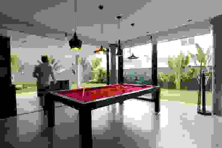 ZAAV-Casa-Interiores-1342 Salas de jantar minimalistas por ZAAV Arquitetura Minimalista