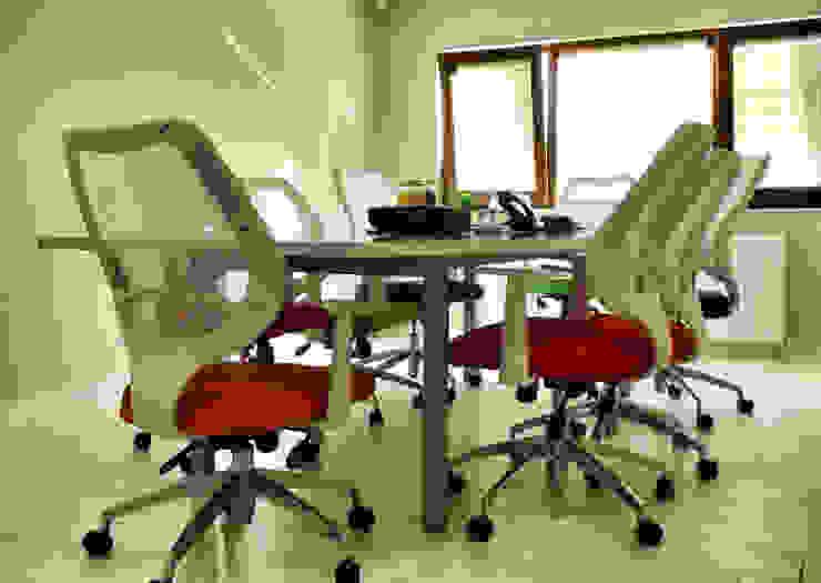 Essepro Ofisi Toplantı Odası 5 dakika Deneyim Tasarımı / Experience Design Modern