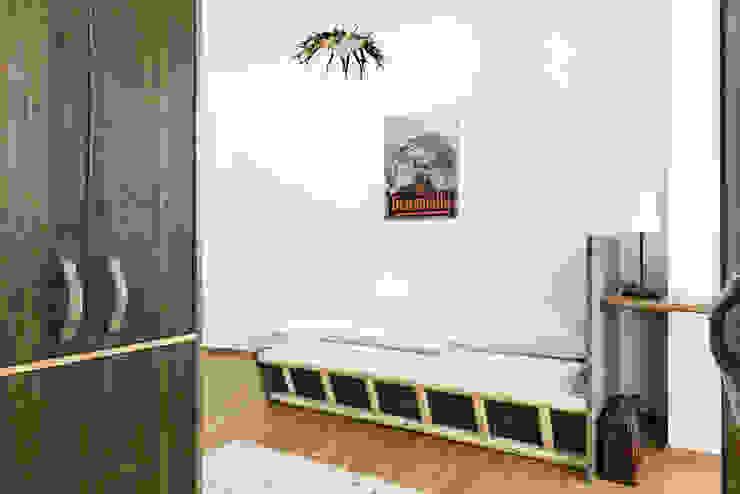 Zimmer Nr. 10: Die Geierwally Ausgefallene Hotels von gabarage upcycling design Ausgefallen