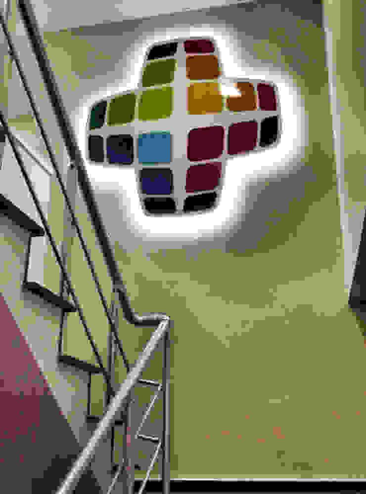 Essepro Ofisi Logo Uygulama 5 dakika Deneyim Tasarımı / Experience Design Ofis Alanları