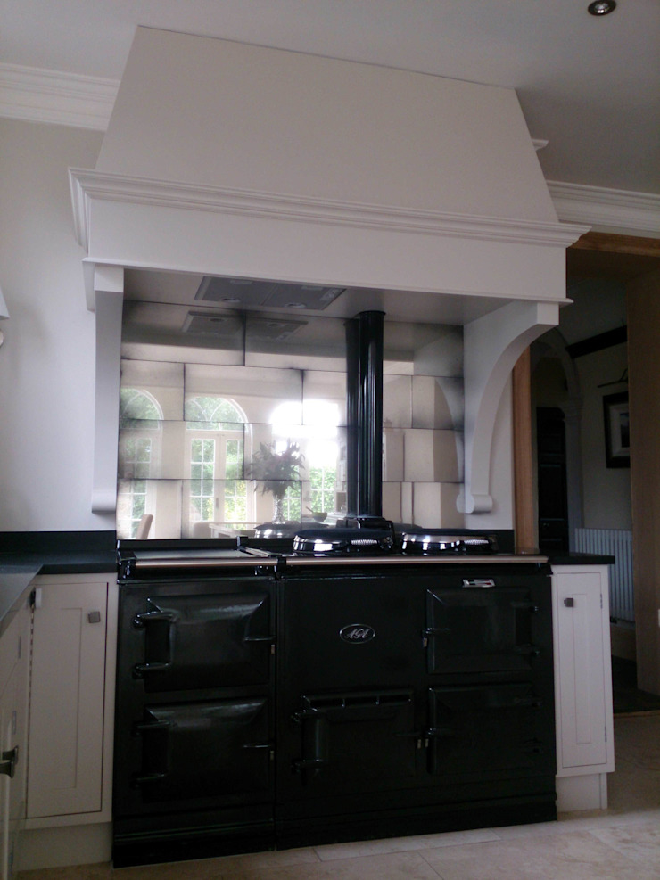 Antique Mirror Glass Tiles For Aga Splashback Modern kitchen by Mirrorworks, The Antique Mirror Glass Company Modern