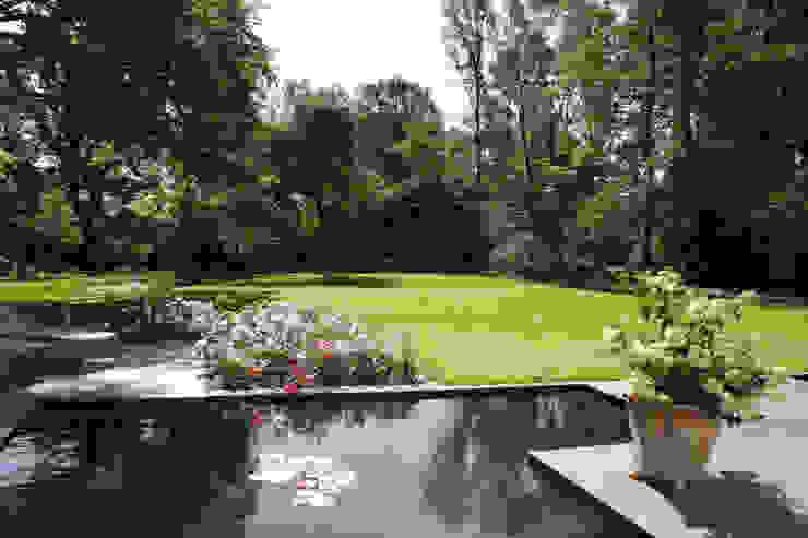 Grünplanungsbüro Jörg baumann의  정원, 모던