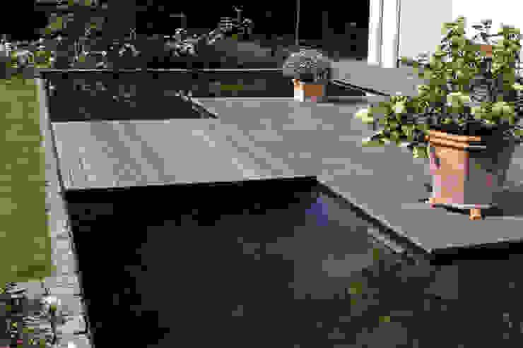 Jardins  por Grünplanungsbüro Jörg baumann, Moderno