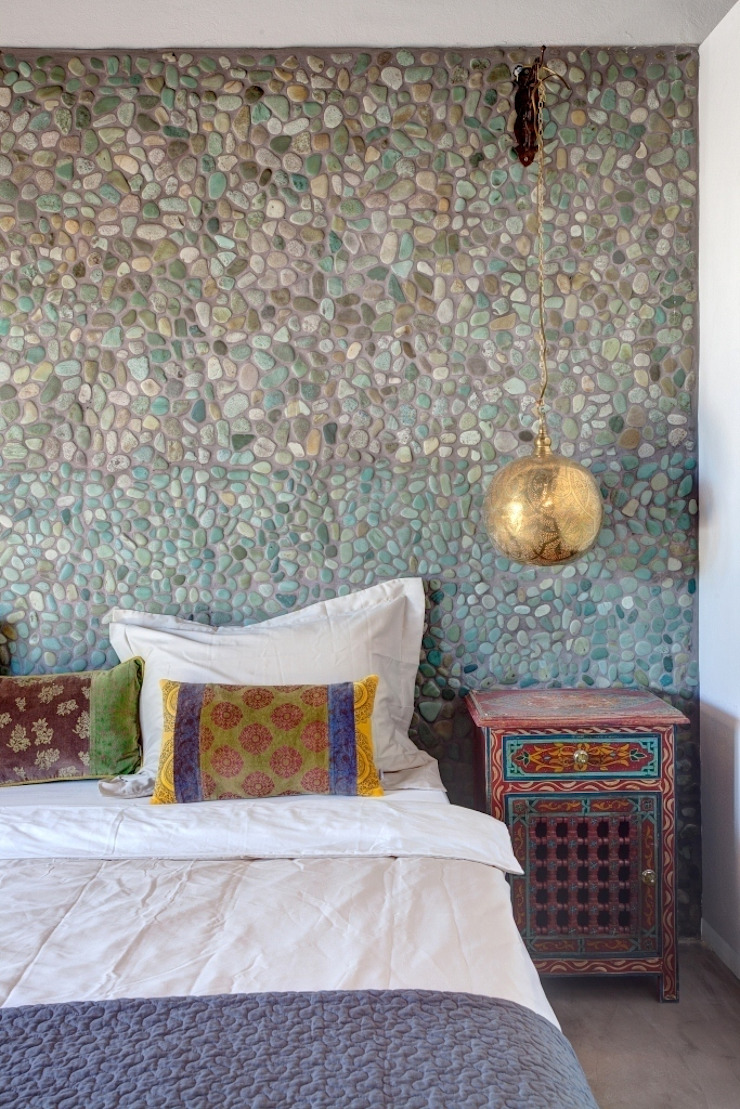 Eclectic style bedroom by Kabaz Eclectic
