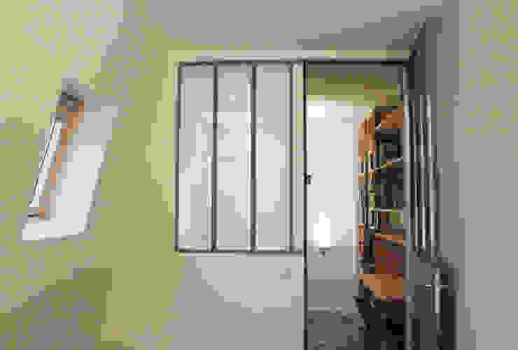 Suite parentale - chambre + verrière type atelier sur SDB Chambre industrielle par Yeme + Saunier Industriel