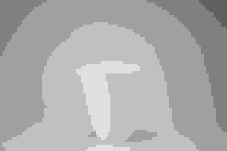 Egg Shell Katakuchi (A sake cup): modern  by Rin crossing, Modern