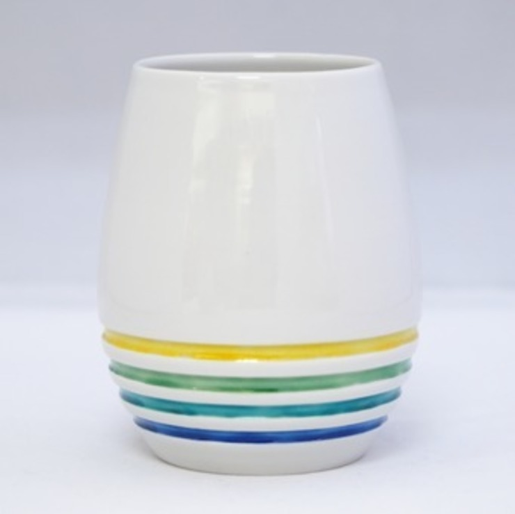 SHIROCK AROME (A wine glass): modern  by Rin crossing, Modern