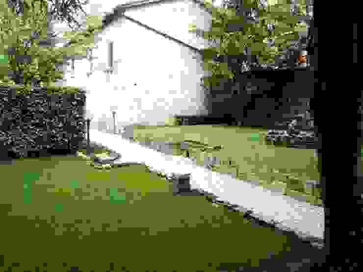 Giardino segreto Giardino classico di Mauro Morganti Classico
