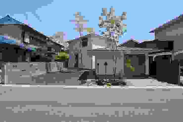 イエニワハナレ 日本家屋・アジアの家 の amp / アンプ建築設計事務所 和風