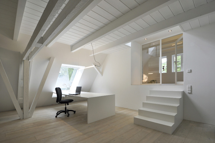 BUB architekten bda Minimalist study/office