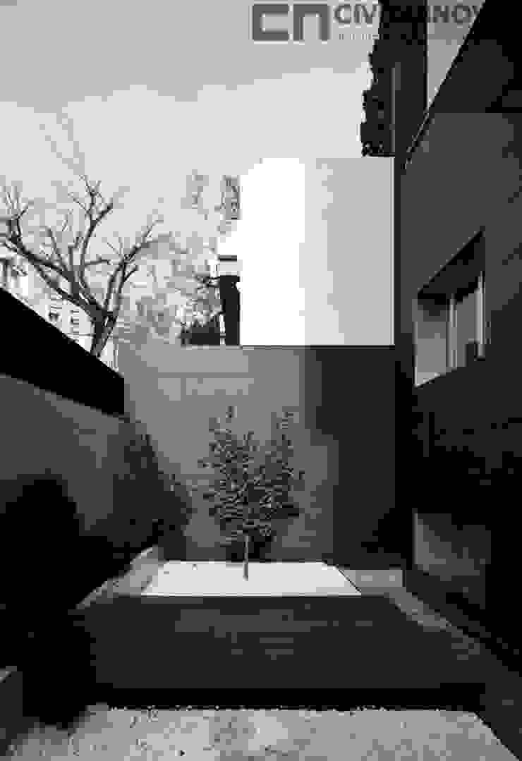 CIVITASNOVA - Vista del patio Casas de estilo moderno de CIVITASNOVA Moderno