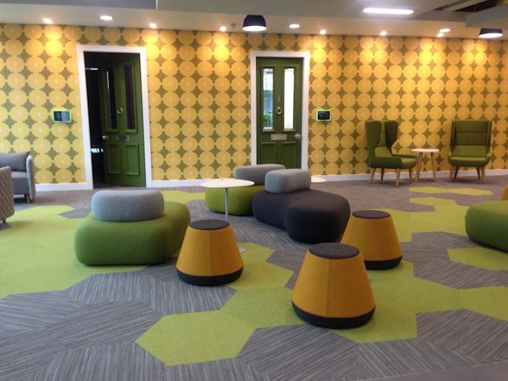 Hyde Stacking Stool: modern  by Assemblyroom, Modern