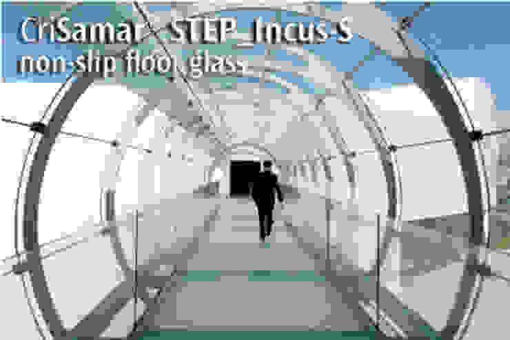 CriSamarSTEP_Incus-S. Nonslip floor glass. de SEVASA Moderno