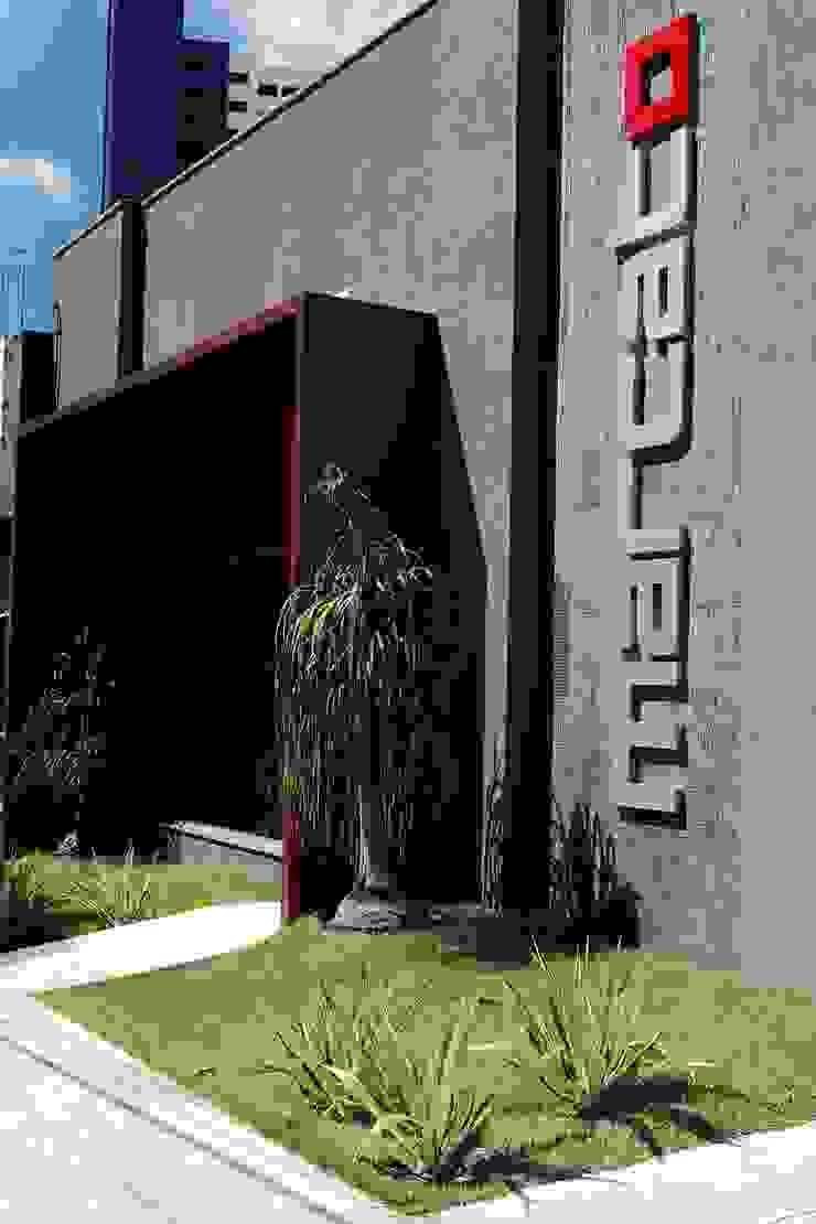 Marcato Espaços comerciais modernos por Carlos Otávio Arquitetura e Interiores Moderno