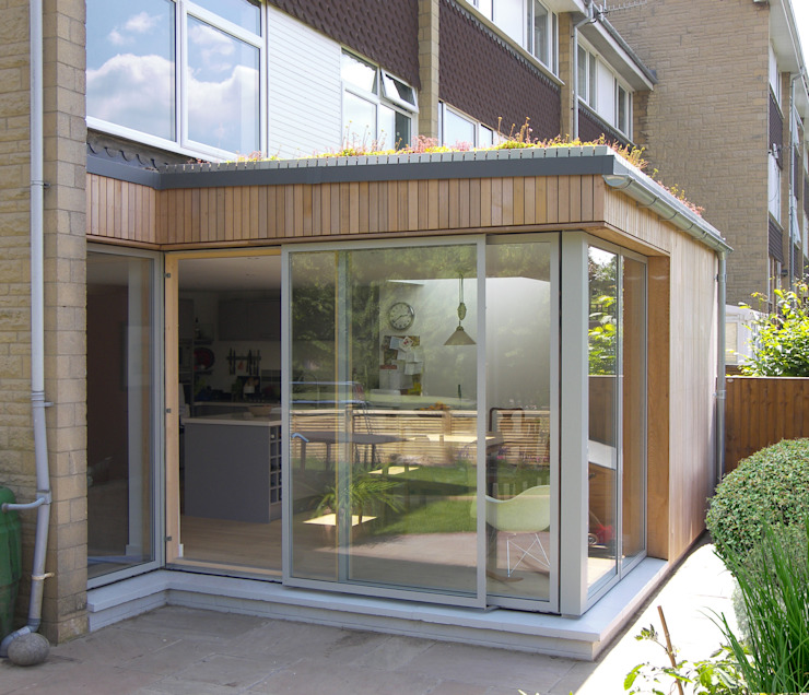 Eco extension to 1960's townhouse in Bristol Modern dining room by Dittrich Hudson Vasetti Architects Modern