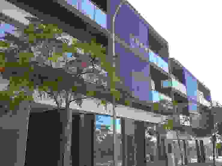 Edifício Concluído Espaços comerciais modernos por Ana Viegas Moderno
