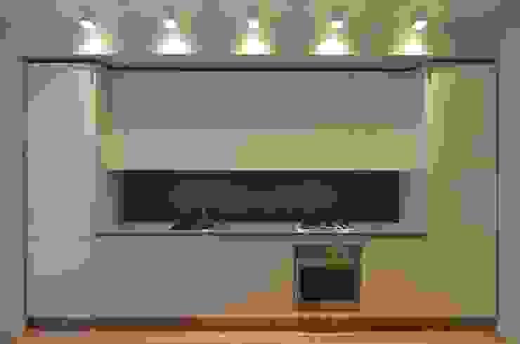 Minimalist kitchen by ministudio architetti Minimalist