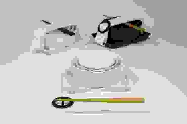 minimalist  by Shin's style, Minimalist