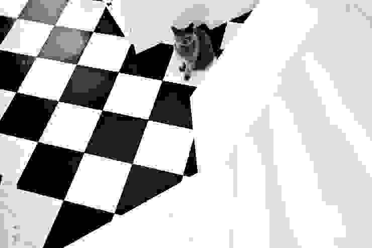 Couloir, entrée, escaliers scandinaves par Miśkiewicz Design Scandinave