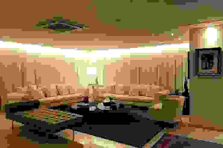 Apartamento Mucuripe Salas de estar clássicas por Carlos Otávio Arquitetura e Interiores Clássico