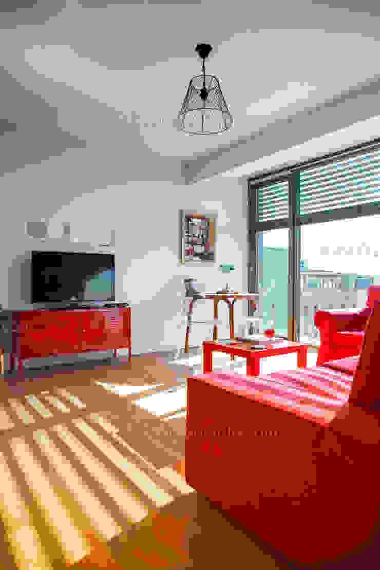 f12 Photography 现代客厅設計點子、靈感 & 圖片