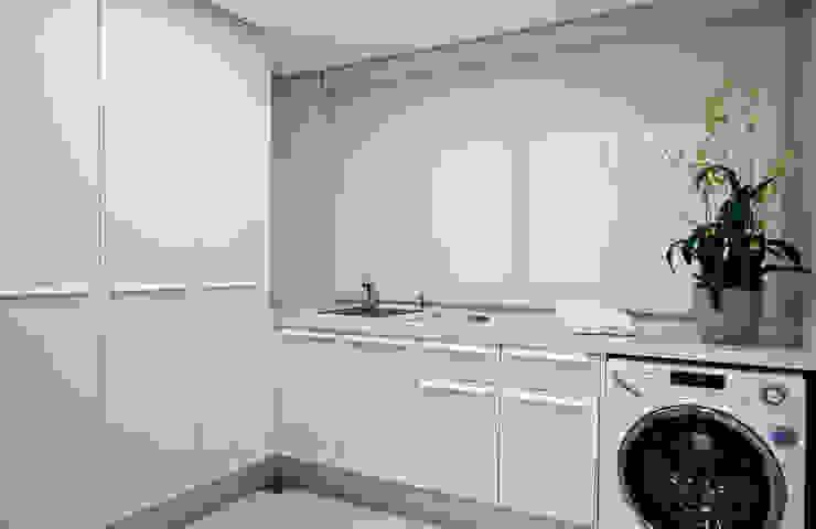 Moderne Küchen von ArchDesign STUDIO Modern