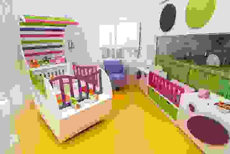 モダンデザインの 子供部屋 の Şölen Üstüner İç mimarlık モダン
