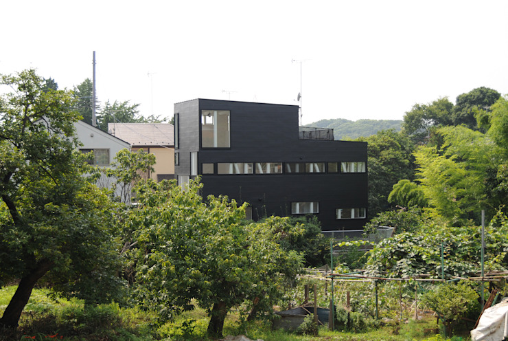 Exterior Maisons modernes par 株式会社小島真知建築設計事務所 / Masatomo Kojima Architects Moderne