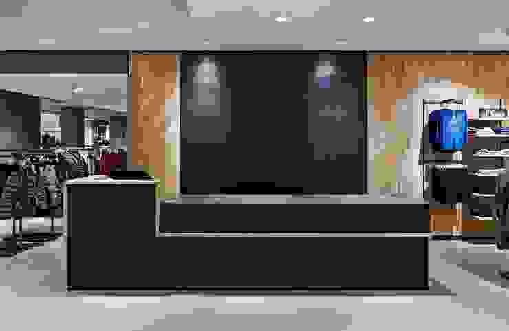 Espacios comerciales de estilo moderno de Baierl & Demmelhuber Innenausbau GmbH Moderno
