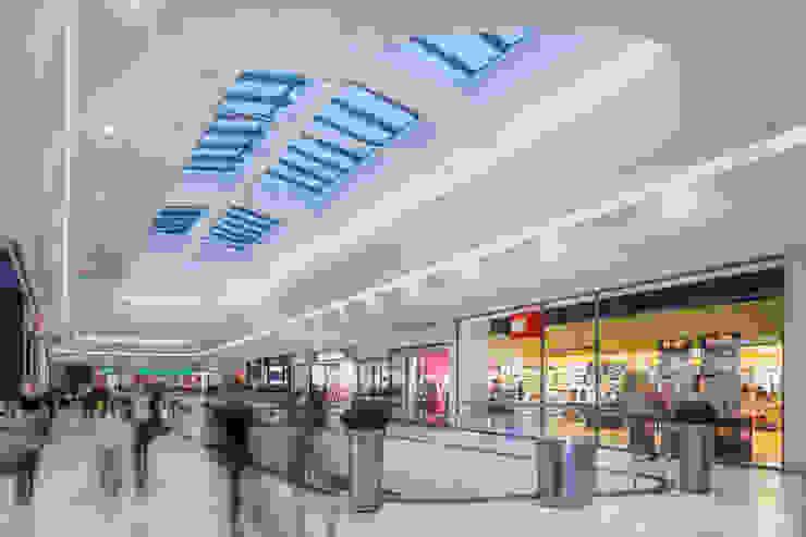 Shopping-City Süd Wien Vösendorf | Österreich Moderne Einkaufscenter von Baierl & Demmelhuber Innenausbau GmbH Modern