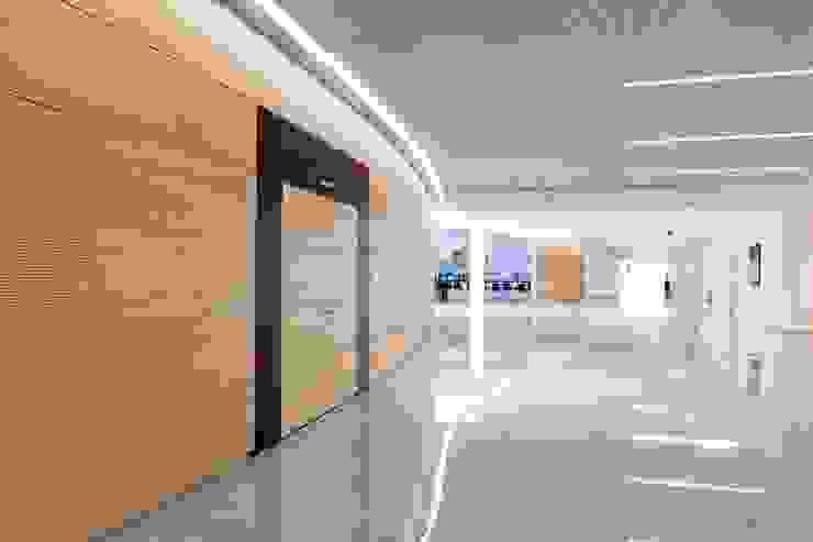 Schäffler Gruppe Herzogenaurach | Deutschland Moderne Bürogebäude von Baierl & Demmelhuber Innenausbau GmbH Modern