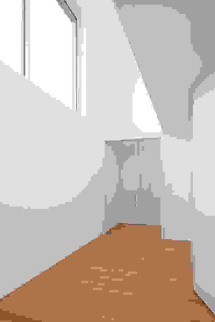 Diele Moderner Flur, Diele & Treppenhaus von bilger fellmeth Modern
