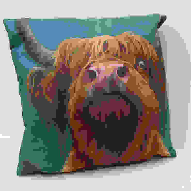 'The Highland way'-cushion: modern  by Thuline, Studio-Gallery, Modern