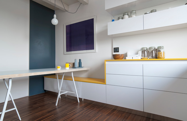 Cucina e zona pranzo Sala da pranzo minimalista di PLUS ULTRA studio Minimalista