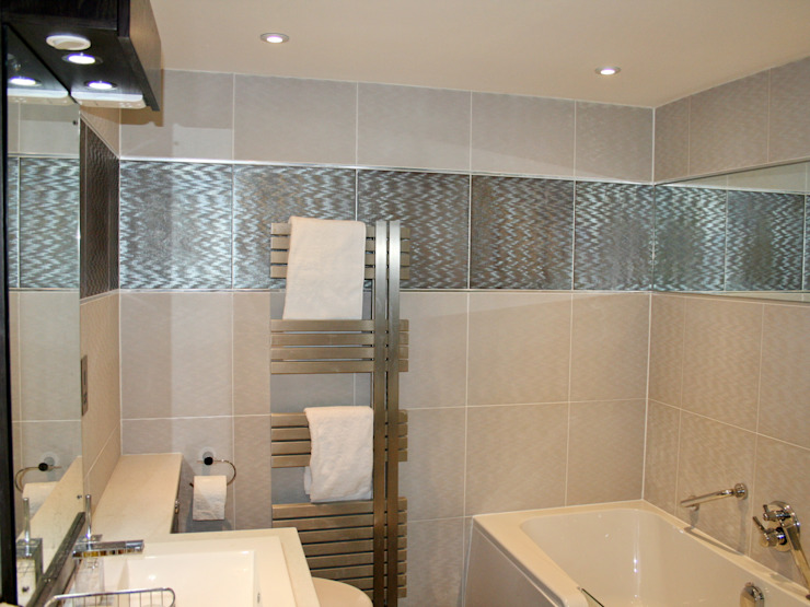 En-suite to bedroom 1 by Aura Designworks Ltd