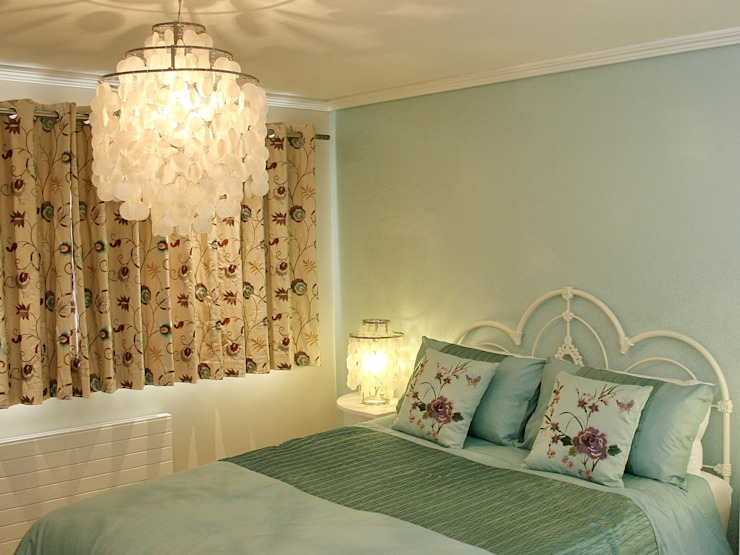 Bedroom 4 by Aura Designworks Ltd